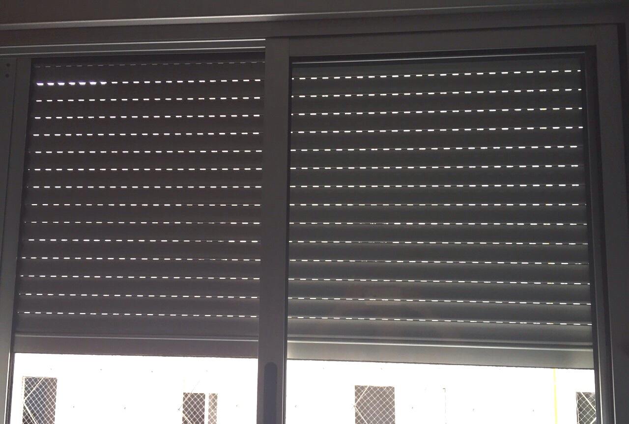#6F655C  integrada acessórios janelas com vidro temperado janela de correr 4092 Fecho Tipo Orelha Para Janela De Aluminio De Correr